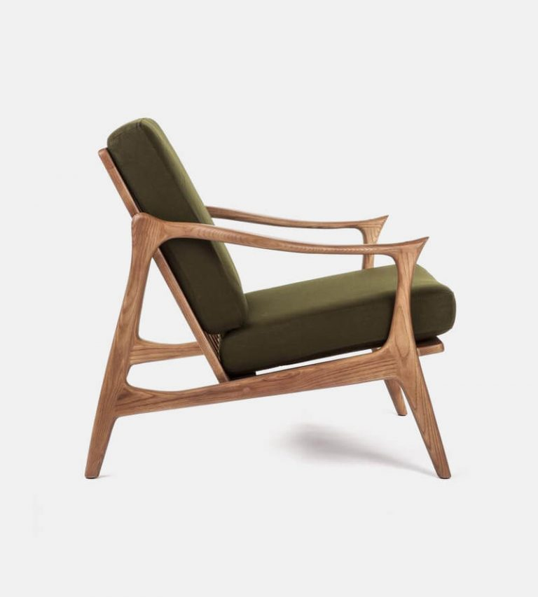 Model Danish Lounge Chair